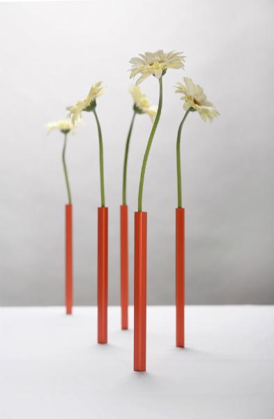 Peleg Magnetic Vase
