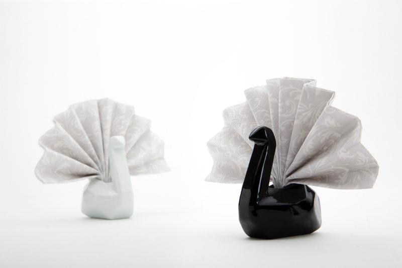 Peleg Napkin Swans